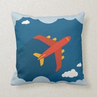 Flygplan i pilot- blå himmelbarnens barnkammare kudde
