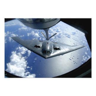 Flyttningar för en ande B-2 in i placerar för att Fotokonst