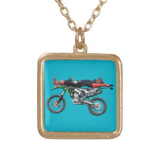 FMX - Flyg- Motocrossjippo III för fristil Guldpläterat Halsband