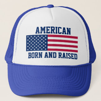 Född och lyftt flagga för patriotisk amerikan truckerkeps