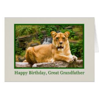 Födelsedag stor- farfar som är lejon på en sten hälsningskort