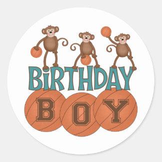 Födelsedagbasketpojke Runt Klistermärke