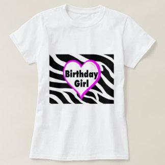 Födelsedagflicka (hjärtazebra ränder) t-shirt