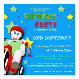 Födelsedagsfest inbjudan för ungeridningtrehjuling
