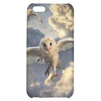 Kolla in våra iPhone 5 fodral med djur motiv som går att utforma meg egna mönster, bilder och text.