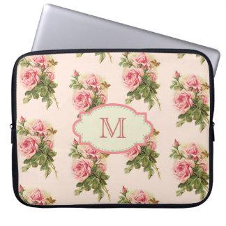 Fodral för Monogram för vintagestuga rosa Laptopskydd Fodral