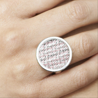 Fodrar den moderna sicksacken för rosa vit ring