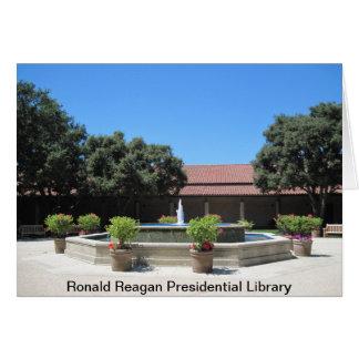 Fontän i borggård av Ronald Reagan Presidentia Hälsningskort