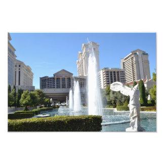 Fontäner och statyer Along som Laset Vegas river a Fototryck