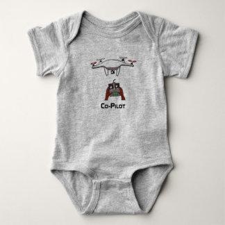 För bebisonsie för surr denpilot- jumpsuiten tee shirt