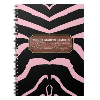 För dekorativ modern anteckningsbok rosasvart för