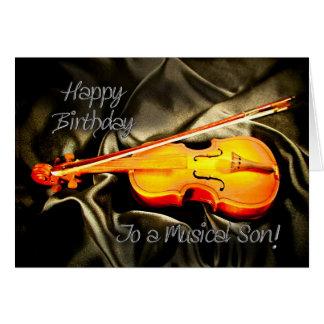 för en Son musikaliskt födelsedagkort med en fiol Hälsningskort