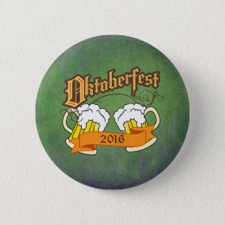 För festivalöl för oktoberfest tysk typografi för standard knapp rund 5.7 cm