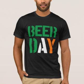 För flaggafärger för St Patricks irländsk dag 2016 T-shirts