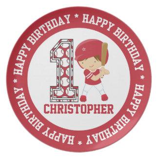 För födelsedagbaseball för lycklig 1st röda smet tallrik