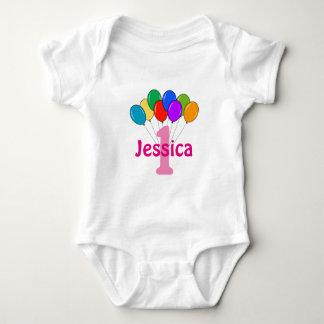 För födelsedagfärgad för flickor 1st ranka för tröjor