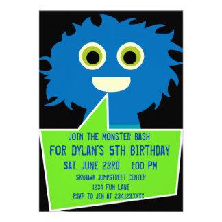 För födelsedaginbjudningar för blått grönt giganti anpassade inbjudan