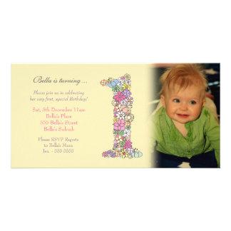 För födelsedagsfestinbjudan för flicka 1st kort fö hälsningskort med foto