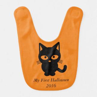 För första haklapp för bebis Halloween för lycklig Hakklapp