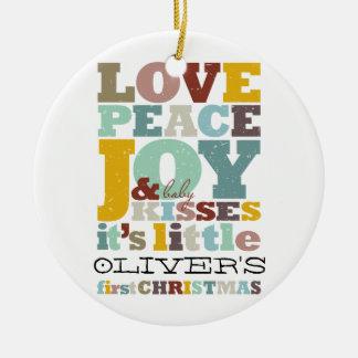 För julhelgdag för pojke första prydnad för foto rund julgransprydnad i keramik