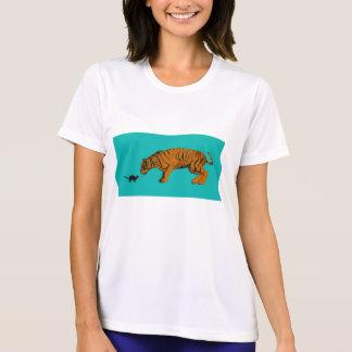 För katt tigerredo kontra som ska slåss eller tas tröjor