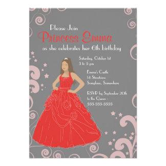 För klänningfödelsedagsfest för Princess röd Tillkännagivande