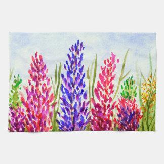 För konstLupine för vattenfärg purpurfärgade blom- Handhanduk