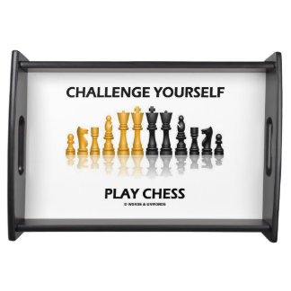 För lekschack för utmaning dig reflekterande serveringsbricka