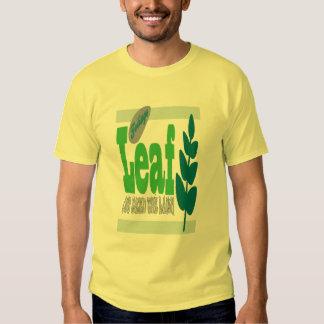 För lövverk ogräs ut gräsmattamanarmörken T T-shirt