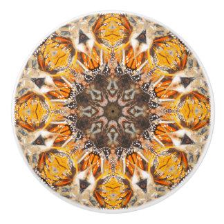 För monarkfjäril för mosaik abstrakt mönster för knopp