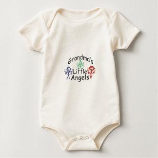 För mormödrar änglar lite sparkdräkter