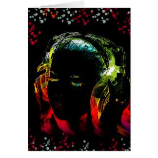 För musikhörlurar för flickan färgar lyssnande hälsningskort
