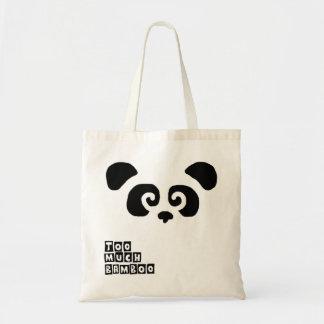 För mycket bambu! Pandaen hänger lös Tygkasse