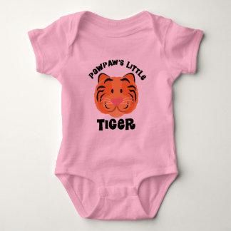 För Pawpaws gåva för tiger lite gullig Tee Shirts