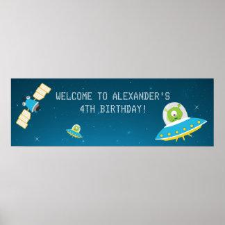 För pojkefödelsedagsfest för rymden främmande poster