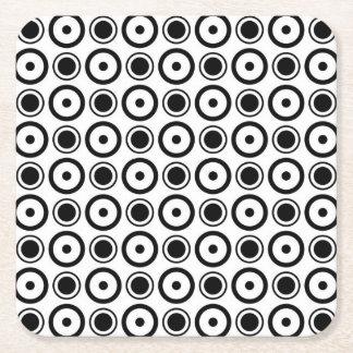 För polka dotsvit för vit svart stilfull bakgrund underlägg papper kvadrat