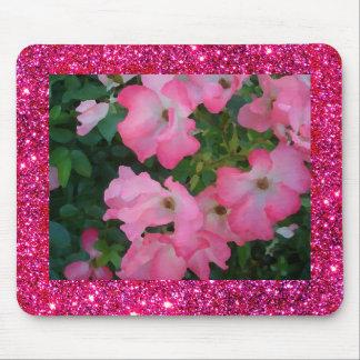 För rosaträdgård rosa blom- för söt gnistra musmatta