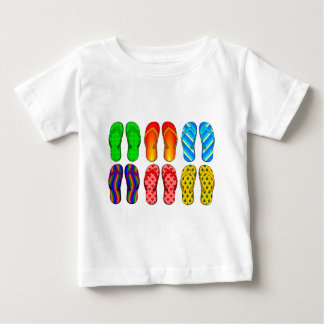 För strandtema för flinflip flops färgrika roliga tshirts
