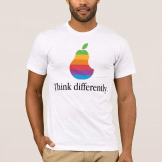 För tänka för Apple olikt - Retro skjorta parodi T Tshirts