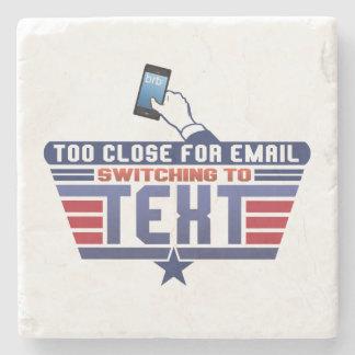 För tätt för e-posten som kopplar till text stenunderlägg