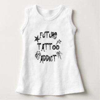 För tatueringknarkare för baby framtida klänning t-shirts
