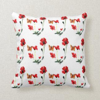 För vallmoblomma för fjäril röd konst kudde