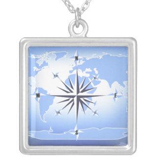 För världskarta för kompass rosa halsband för