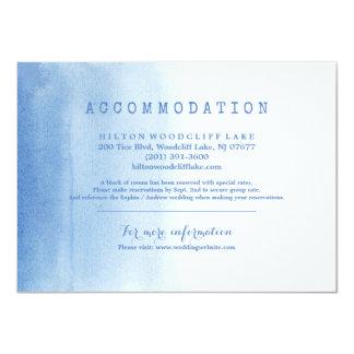För vattenfärgstrand för blått modernt boende för 11,4 x 15,9 cm inbjudningskort