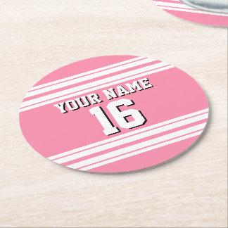 För vitlaget för flamingoen numrerar den rosa underlägg papper rund