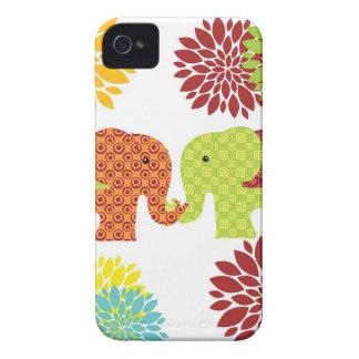 Förälskade hållande stamblommor för nätt elefanter iPhone 4 skydd