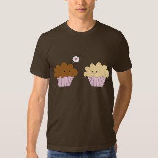 Förälskade muffiner t-shirts
