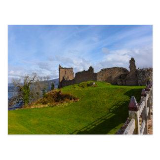 Fördärvar av det Urquhart slottet längs Loch Ness, Vykort