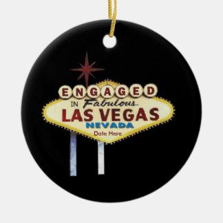 Förlovat i den Las Vegas prydnaden Rund Julgransprydnad I Keramik