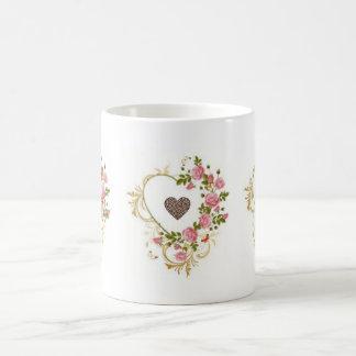 Formad mugg för hjärtakaffe böna